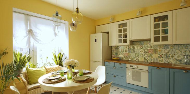 Солнечный интерьер в типовом доме